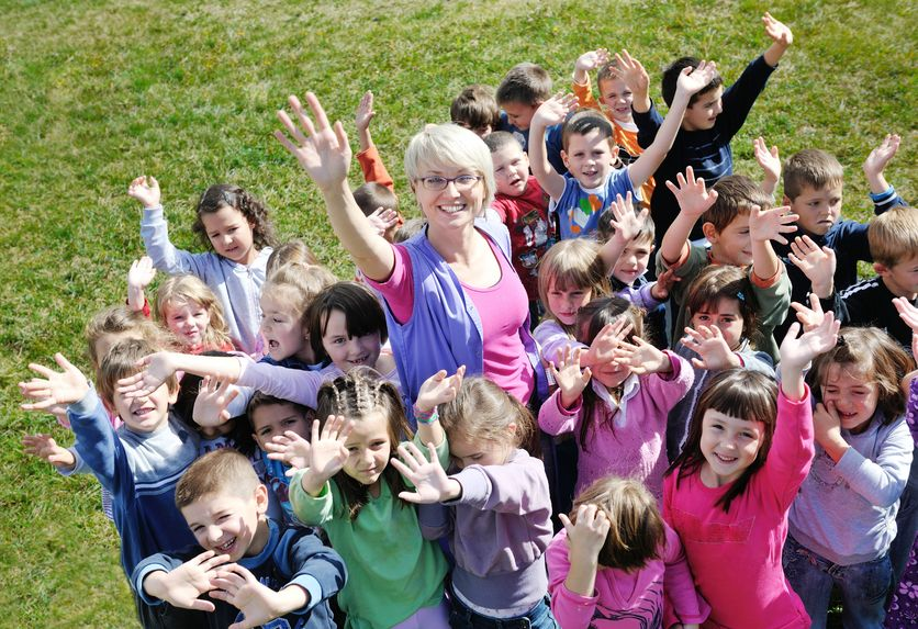 Escuela infantil. Maestras de educación infantil